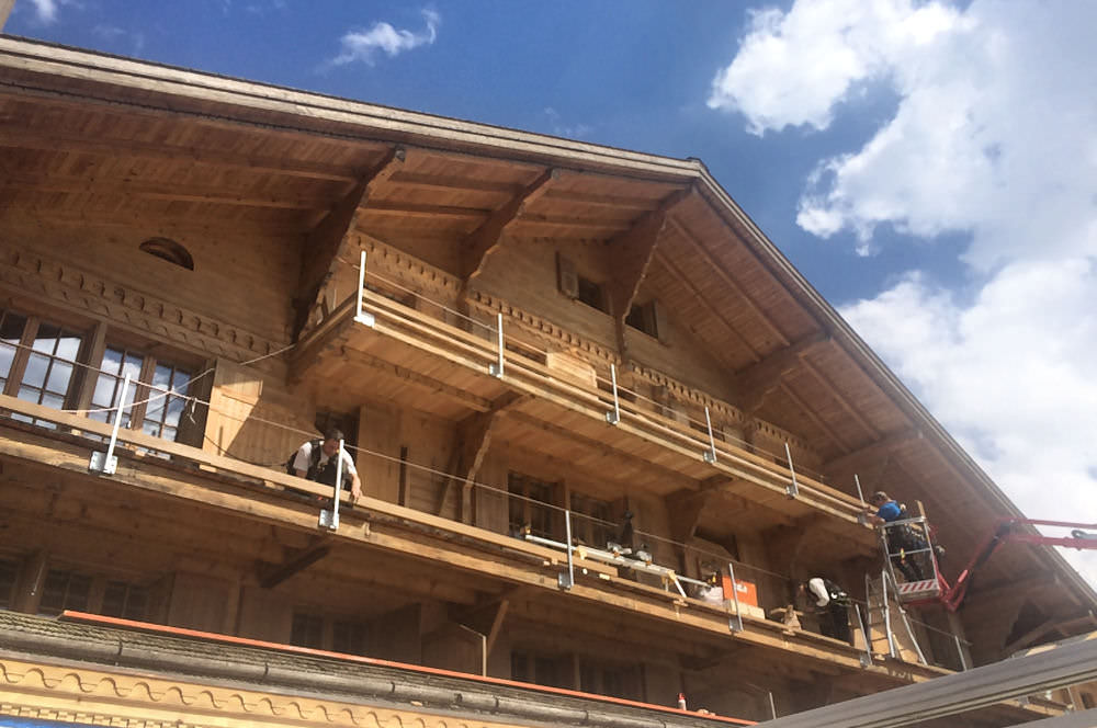 hotel-hornberg-saanenmoeser-gstaad-news-winter-umbau-balkon-april-2016_mini